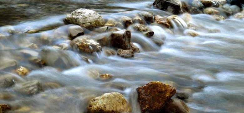 Das richtige Wasser für Edelsteinwasser